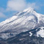 早春の会津磐梯山